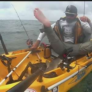 Shark loose in kayak spells trouble for Texas fisherman